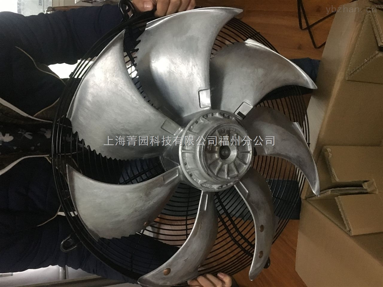 特卖FC071-ADQ.6F.5型号施乐百风机